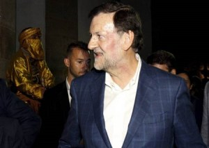 Spanish Prime Minister, Mariano Rajoy punched in the face by teenager at campaign appearance (Photo + Video)