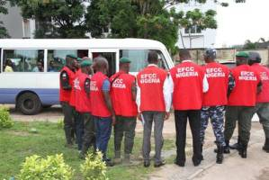 EFCC arrests ministry of environment staff for fraud (Photo)