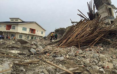 Scene of collapsed building in Lekki