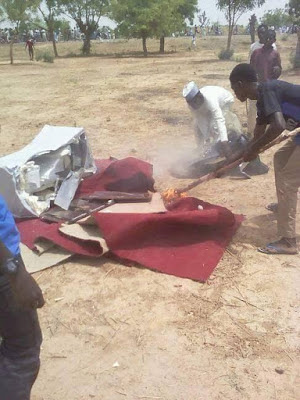 Kano youths burn lawmakers properties2