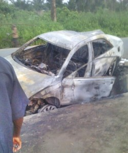 Fatal car accident claims a boy and female corps lives in Akwa-Ibom (Graphic Photos)