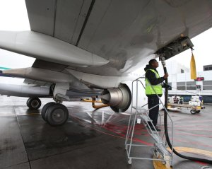 Foreign flights to Nigeria forced to refuel elsewhere