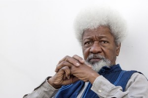 , Wole Soyinka throws away his US green card over Trump election win, Effiezy - Top Nigerian News & Entertainment Website