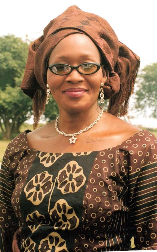 """, Kemi Olunloyo: """"One of P-square wives would leave her husband"""", Effiezy - Top Nigerian News & Entertainment Website"""