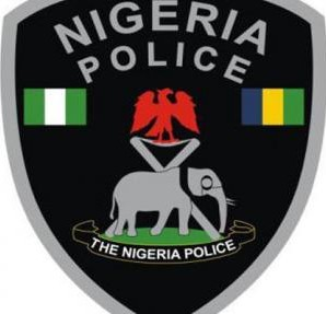 , Police uncover under water tunnel for importation of fake products in Onitsha, Effiezy - Top Nigerian News & Entertainment Website