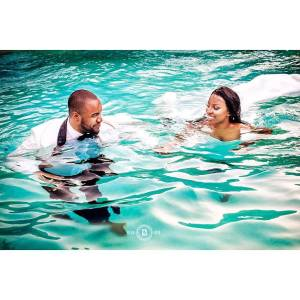 Couple jump into swimming pool shortly after their wedding & it got people talking