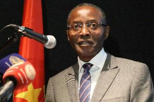 Angolan VP candidate suffers stroke