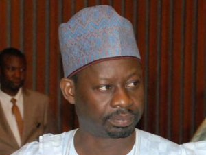 Governor Dankwambo's Junior Brother And 2000 Supporters Dump PDP For APC