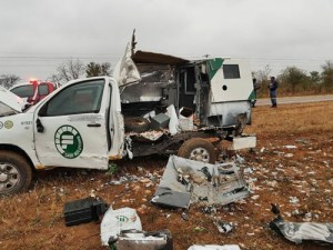 Money showers as gang of armed robbers blow up cash van in South Africa (Photos)