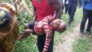 Baby Dies after falling into a well while playing (Graphic Photos)