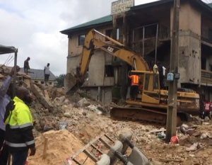 , 4 killed as building collapses in Imo state (Photos), Effiezy - Top Nigerian News & Entertainment Website