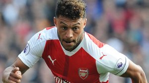 Arsenal and Chelsea agree Alex Oxlade-Chamberlain fee