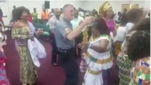 """Police officers storm """"Noisy"""" Nigerian church in Detroit USA, dance with members"""