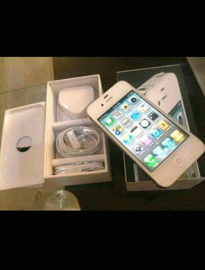 , White lady sends iPhone & Apple MacBook to a Nigerian guy she met on Facebook, Effiezy - Top Nigerian News & Entertainment Website