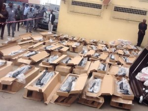 Another 470 guns seized at Lagos port (Photo)