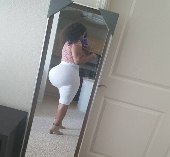 , Slay queen torments social media users with her Huge backside (Photos), Effiezy - Top Nigerian News & Entertainment Website