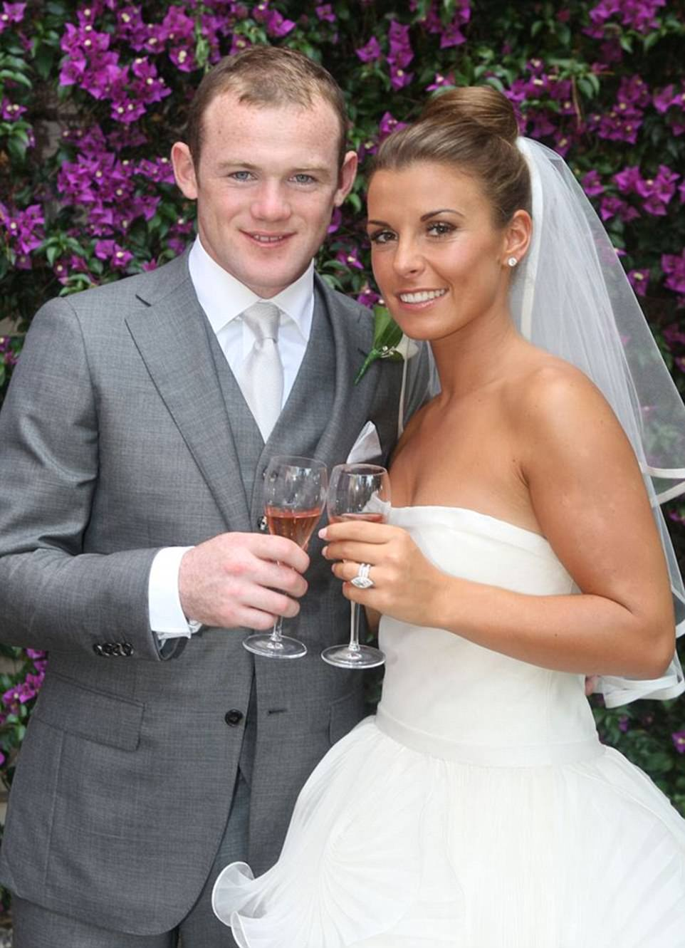 , 'How many more girls are there?' Wayne Rooney's marriage on the verge of collapse as wife is spotted without wedding ring., Effiezy - Top Nigerian News & Entertainment Website