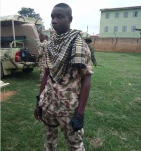 Nigerian Soldier Who is an Igboman Gives His Brothers Words of Wisdom on Biafra (Photo)