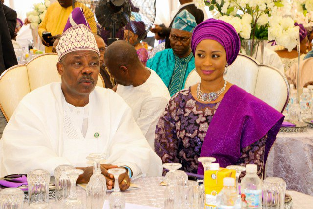 , I Have Never Had A Girlfriend In The Past 25 Years – Governor Amosun, Effiezy - Top Nigerian News & Entertainment Website