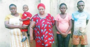 Couple sell their 2-year-old son on credit (Photo)