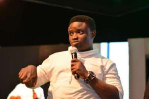 Comedian Acapella survives ghastly motor accident at Abuja