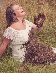Pregnant Woman Who Posed With 20,000 Bees On Baby Bump In Maternity Shoot Loses Baby (Photos)