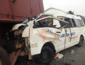 Fatal Accident Along Lagos-Benin Expressway Claims The Lives Of All Passengers (Graphic Photos)