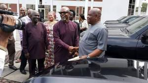 Govenor Wike Gives 16 SUVs To National Assembly Members (Photos)