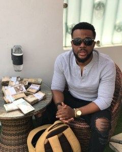 Nollywood Actor, Williams Uchemba Shares Money On The Streets Of Lagos (Photos)