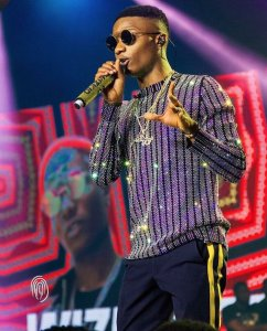 Wizkid wore a N1.3M top to his show (Photos)