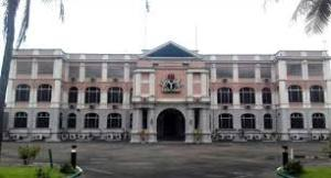 BREAKING: FG hands over State House, Marina to Lagos government