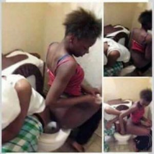 Check out two girls shitting at the same time in the same toilet bowl (Photos)