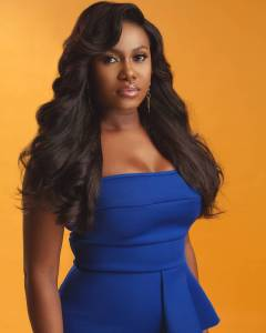 Singer, Niniola Robbed At A Fast-Food In South Africa