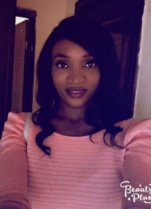 """""""I saw my world crumble"""" – Young lady shares story of how her family died in an accident (Photos)"""