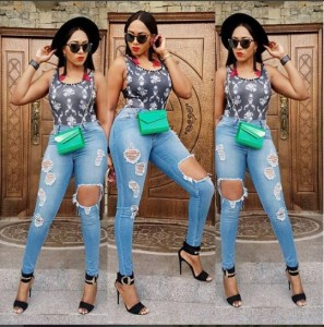 Actress, Rukky Sanda Steps Out In Ripped Jeans (Photos)