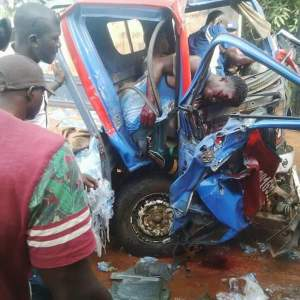 , Boy dies in fatal accident in Anambra State (Graphic Photos), Effiezy - Top Nigerian News & Entertainment Website