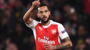 Everton sign Theo Walcott for £20m from Arsenal