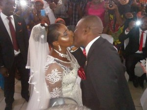 See this 50-year old lady that got married in Port-Harcourt (Photos)