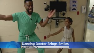Nigerian Doctor Dances To Calm Down His Patient's Siblings In Florida, US (Photos & Video)