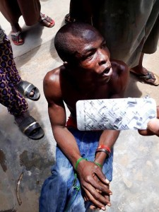 , Young Man Runs Mad after taking 7 tablets of 200mg Tramadol In Lagos (Photos), Effiezy - Top Nigerian News & Entertainment Website