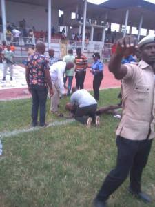 #NPFL: Referee Beaten To Coma During A Football Match In Owerri. Imo State (Photos)