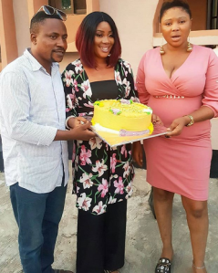 , Yoruba Actor, Segun Ogungbe Celebrates With 1st Wife, Then His 2nd Wife Photo Bombs (Photos), Effiezy - Top Nigerian News & Entertainment Website
