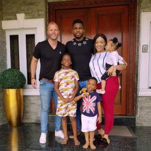 Joseph Yobo And Family Host Barcelona striker, Eidur Gudjohnsen To Their Home (Photos)