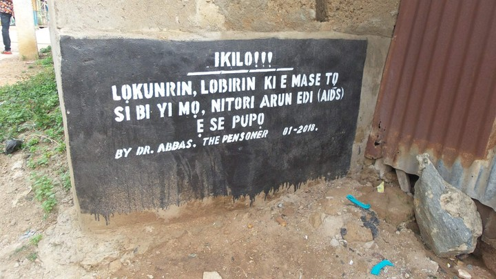 """, """"Urinate Here And Contact AIDS"""" – Check Out This Warning Spotted In Ibadan (Photo), Effiezy - Top Nigerian News & Entertainment Website"""
