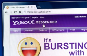 After 20 years, Yahoo Messenger is shutting down (See Details)