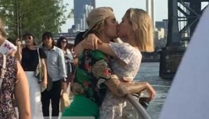 REUNION!! Justin Bieber and Hailey Baldwin seen kissing and making out in a park (Photos)