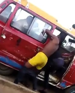 Conductor Strips Naked To Fight A Passenger Over N50 In Edo State.