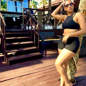 Juliet Ibrahim And Her Camel Toe Slay In Bum Shorts At The Beach, Fans React