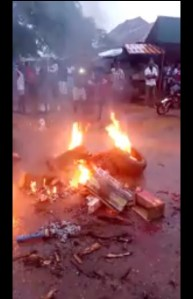 Thieves Burnt To Death By Angry Mob In Cross River (Graphic Photos)