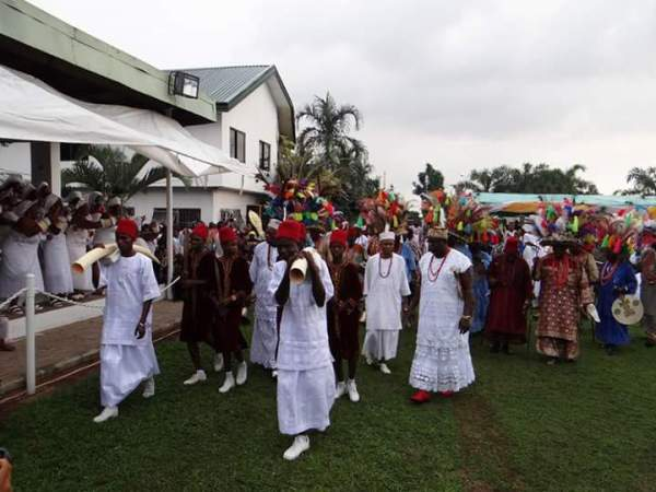 , Colorful pictures of Onitsha ofala festival as US missions visits- (Photos), Effiezy - Top Nigerian News & Entertainment Website